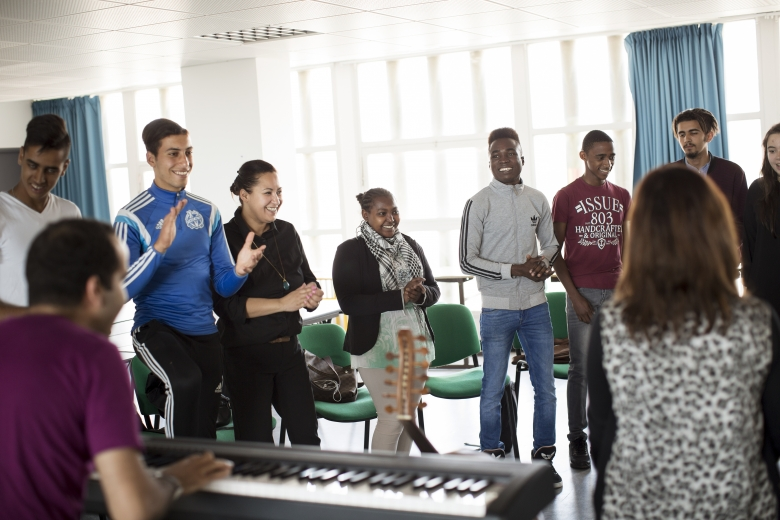 Vocal workshop in a reception and support class